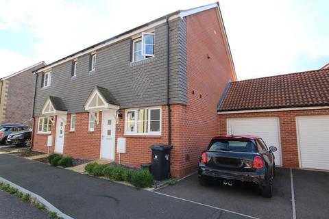 3 bedroom semi-detached house to rent - Higher Meadow, Cranbrook, Exeter