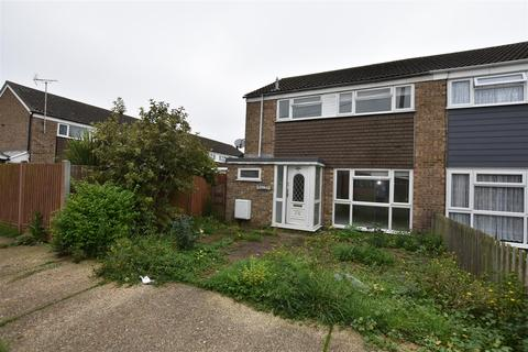 4 bedroom house to rent - Champlain Avenue, Canvey Island