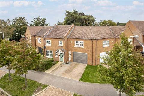 4 bedroom terraced house for sale - Colossus Way, Bletchley, Milton Keynes, Bucks