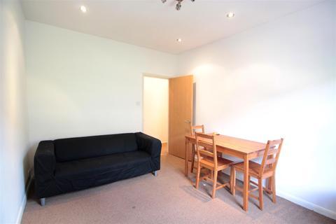 2 bedroom flat to rent - Lansdowne Way, Stockwell