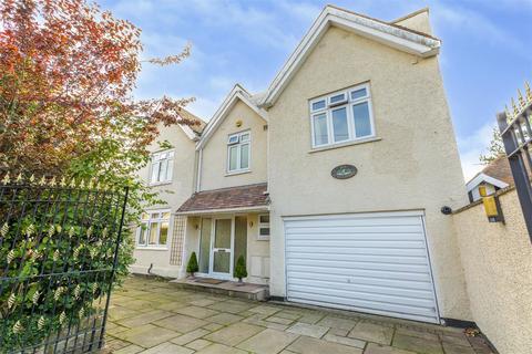 5 bedroom detached house for sale - Central Avenue, Borrowash