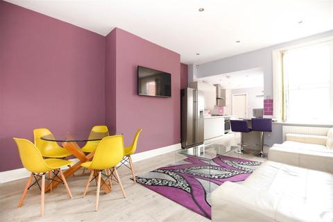 5 bedroom maisonette to rent - Warwick Street, Heaton, NE6 (£88 PPPW)