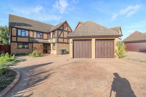 5 bedroom detached house for sale - Yew Tree Close, Hatfield Peverel, Chelmsford