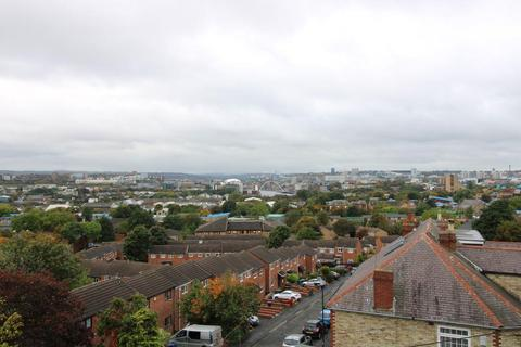 1 bedroom apartment for sale - St. Peters Road, Byker, Newcastle Upon Tyne