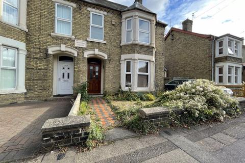 1 bedroom in a house share to rent - Rm 3, Eastfield Road, Peterborough, PE1 4BH