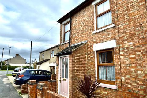 3 bedroom end of terrace house to rent - High Street, Haydon Wick, Swindon