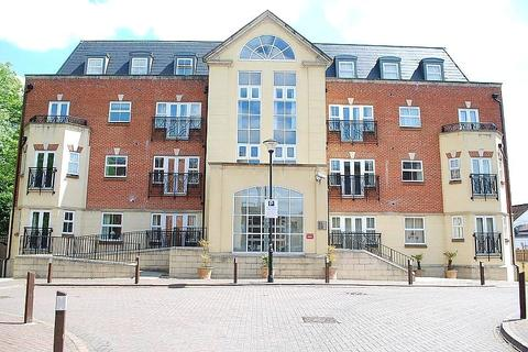 1 bedroom apartment to rent - Elmers Court, Post Office Lane, Beaconsfield, Buckinghamshire, HP9