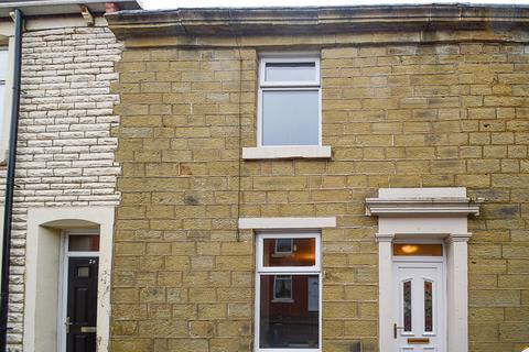 2 bedroom terraced house to rent - Albert Street, Clayton-Le-Moors, BB5