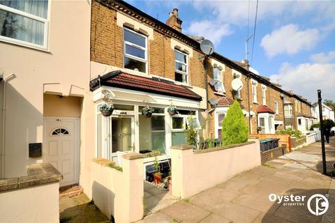 4 bedroom terraced house for sale - Gordon Road, London, N11