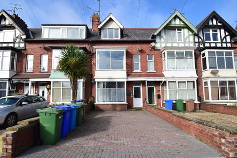 4 bedroom flat for sale - Apartment 2, Afton House, Bridlington, East Riding of Yorkshire