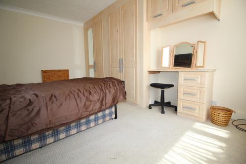 1 bedroom semi-detached house to rent - Hallmead Road, Sutton SM1