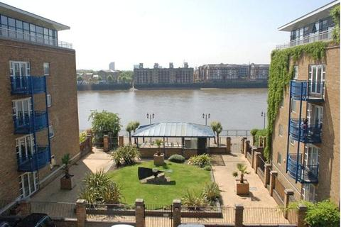 2 bedroom apartment to rent - Campania Building, Wapping, London, E1W