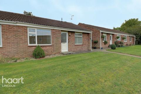 2 bedroom semi-detached bungalow for sale - Hawthorn Chase, Lincoln