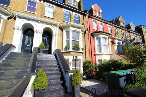 3 bedroom flat for sale - Stroud Green Road, Finsbury Park