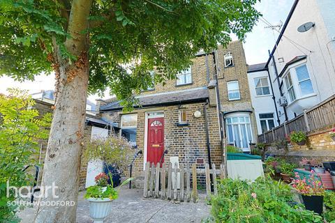 Studio for sale - Broomhill Road, Woodford Green, Essex, IG8