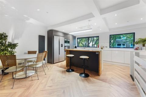 4 bedroom end of terrace house for sale - Garrick Close, Wandsworth, London