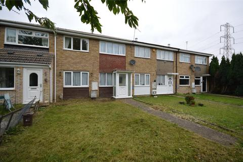 3 bedroom terraced house to rent - Fareham Way, Houghton Regis, Dunstable, Bedfordshire, LU5