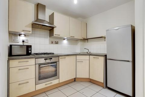 1 bedroom flat to rent - Vanguard House, Martello Street