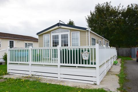 2 bedroom park home for sale - Grosvenor Park, Mundole