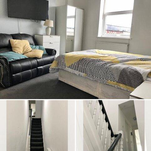Studio to rent - Hylton Road, Sunderland SR4