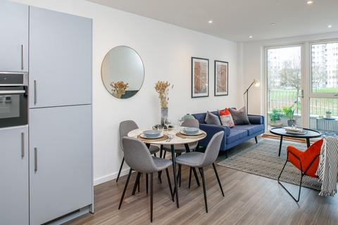 1 bedroom flat for sale - Apartment 32, Southsea Heights at Acton Gardens,  Corbet Gardens London  W3 8TF W3