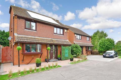 4 bedroom detached house for sale - Ingleden Close, Kemsley, Sittingbourne, Kent