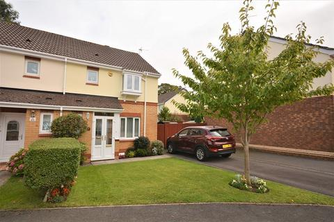 3 bedroom semi-detached house for sale - Allen Close, Old St. Mellons, Cardiff. CF3