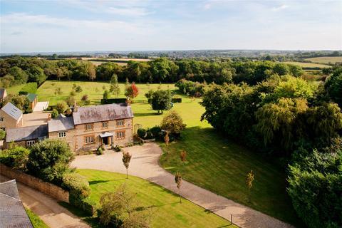 6 bedroom detached house for sale - Tiffield Road, Gayton, Northampton, Northamptonshire, NN7