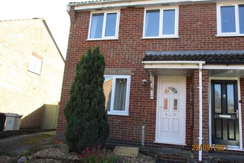 3 bedroom semi-detached house to rent - Bullfinch Close, Oakham LE15