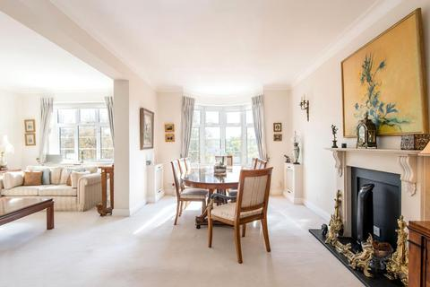 3 bedroom flat for sale - WILLIAM COURT, HALL ROAD, NW8