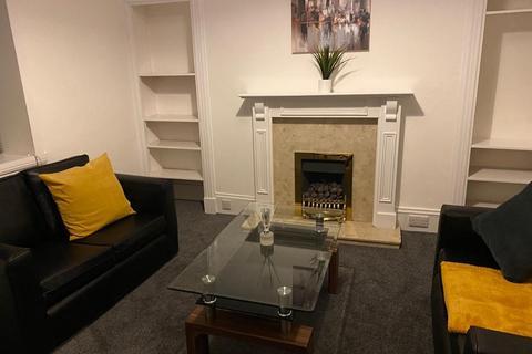 1 bedroom flat to rent - Raeburn Place, Rosemount, Aberdeen, AB25