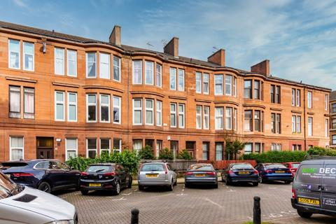 2 bedroom flat for sale - White Street, Flat 2/1, Partick, Glasgow, G11 5RP