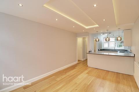 1 bedroom maisonette for sale - Hockley Court, Churchfields, South Woodford, London, E18