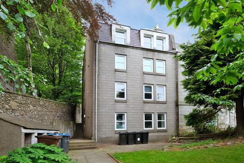 2 bedroom flat to rent - King's Crescent, Aberdeen AB24