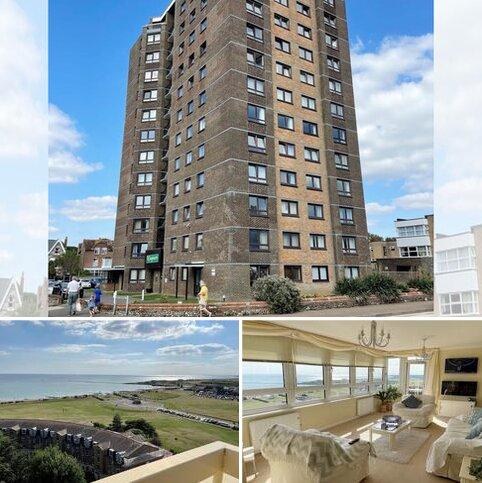 3 bedroom penthouse for sale - Penthouse Flat, 50 Kingmere, South Terrace, Littlehampton, West Sussex