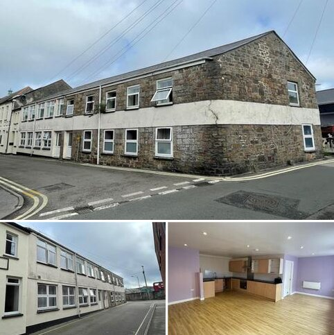 8 bedroom end of terrace house for sale - Connexion House, New Connexion Street, Camborne, Cornwall