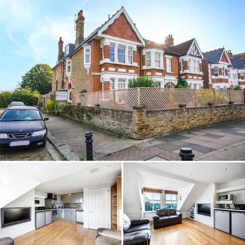 3 bedroom apartment for sale - Twyford Avenue, London, W3