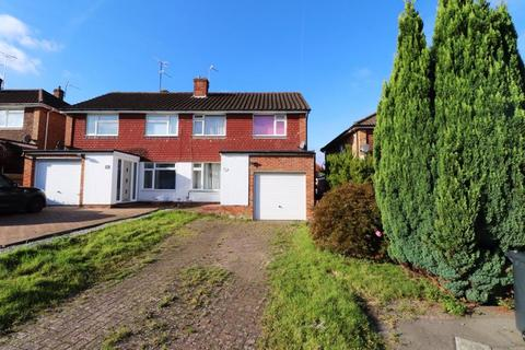 3 bedroom semi-detached house for sale - Millbank, Burgess Hill, West Sussex