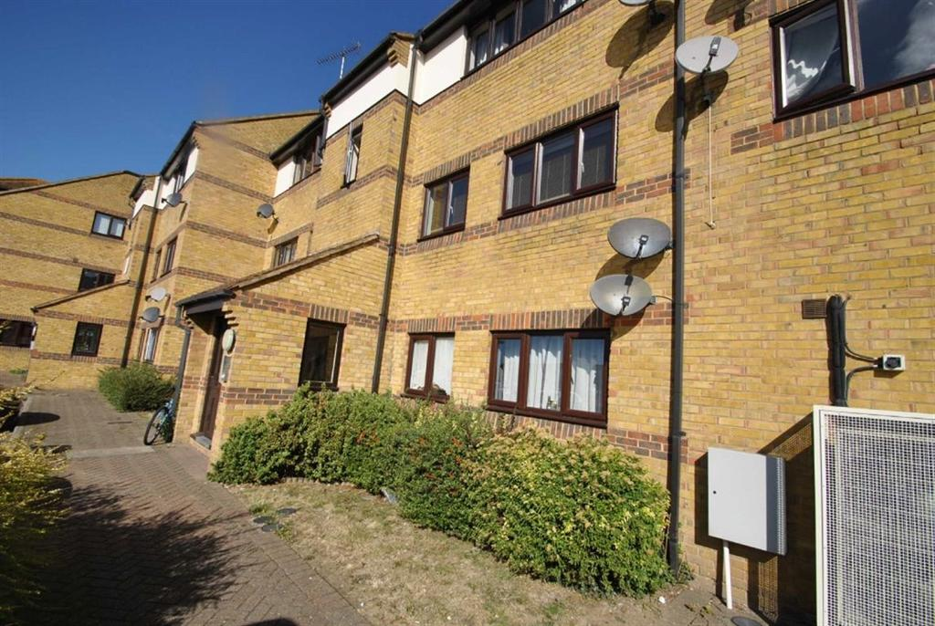 Hedingham Place, Rectory Road, Rochford, Essex, SS4 1UP 2 bed ...
