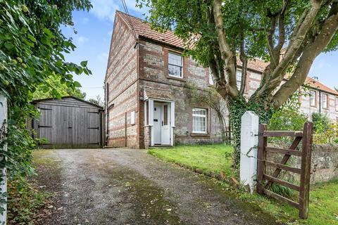 3 bedroom semi-detached house for sale - Hindon road, Warminster, BA12