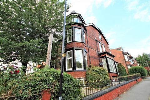 10 bedroom semi-detached house to rent - Chestnut Avenue, Leeds, LS6 1BA