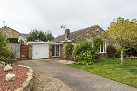 3 bedroom bungalow for sale - Grasmere Avenue, Wetherby