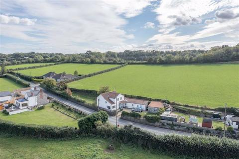 3 bedroom detached house for sale - Caldicot, Monmouthshire, NP26
