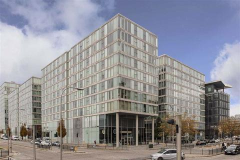 2 bedroom apartment to rent - Chelsea House, Central Milton Keynes, Milton Keynes
