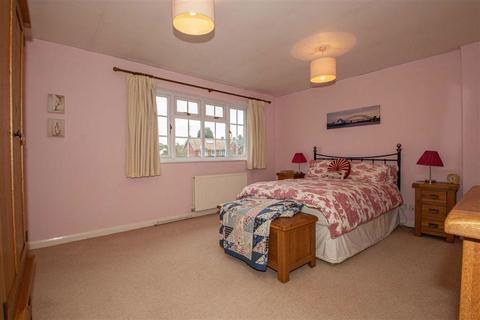 1 bedroom in a house share to rent - Shepperton Close, Castlethorpe, Milton Keynes, Bucks