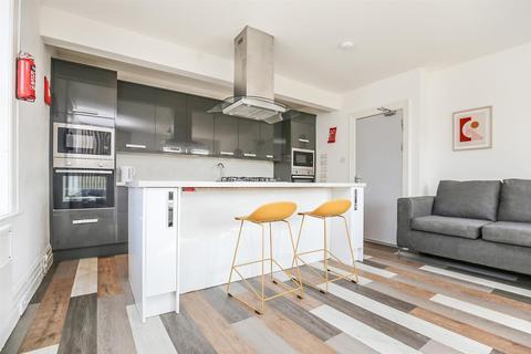 7 bedroom apartment to rent - (£105pppw) New Bridge Street, City Centre, NE1
