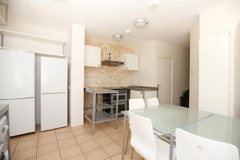 7 bedroom terraced house to rent - (£72pppw) Jesmond Vale Terrace, Heaton, NE6
