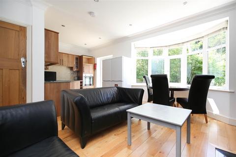 4 bedroom semi-detached house to rent - (£115pppw) Rosebery Crescent, Jesmond, NE2