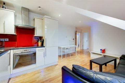 3 bedroom flat to rent - Finchley Road, NW2