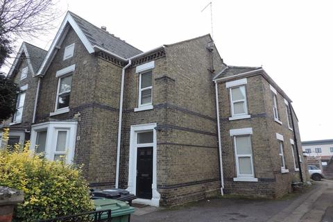 1 bedroom in a house share to rent - Rm 6, Aldermans Drive, Peterborough, PE3 6AR
